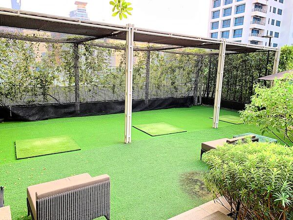 137 ピラーズ レジデンシズ バンコク(137 Pillars Residences Bangkok)のゴルフ練習場1