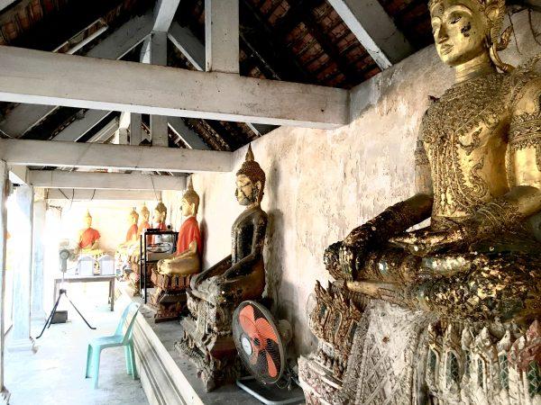 アンパワー 水上の寺院2