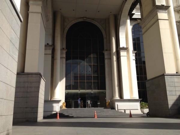 ルブアホテル入り口