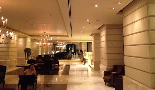 ルブアホテルのロビー