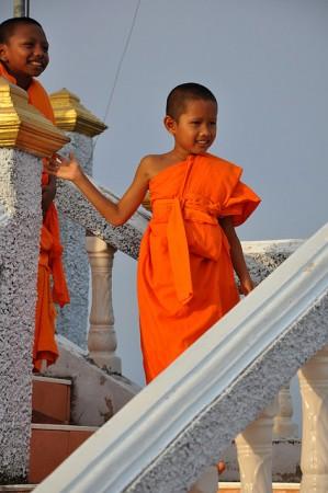 子供の僧侶