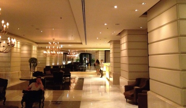 ルブアホテルエントランス