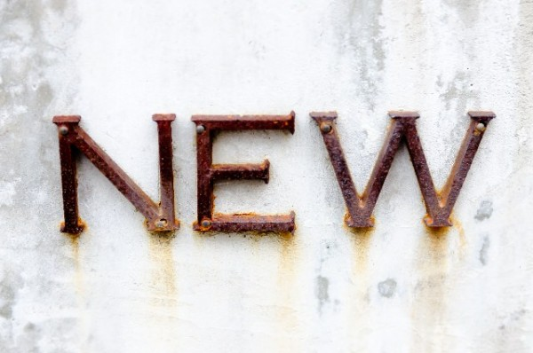 NEWの文字