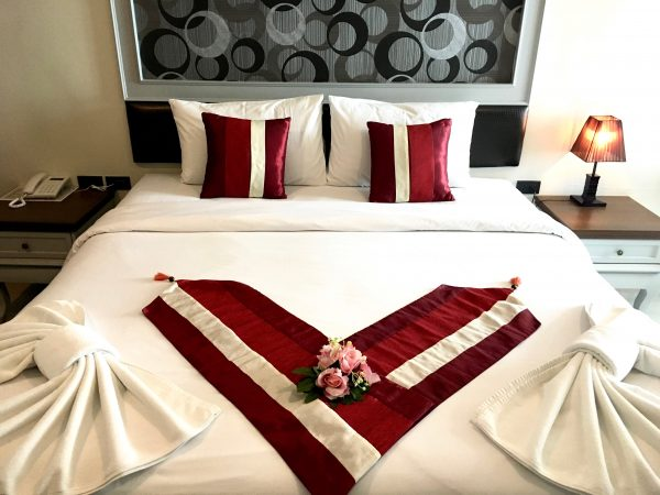 H ブティック ホテル パタヤ (H Boutique Hotel Pattaya)のベッド