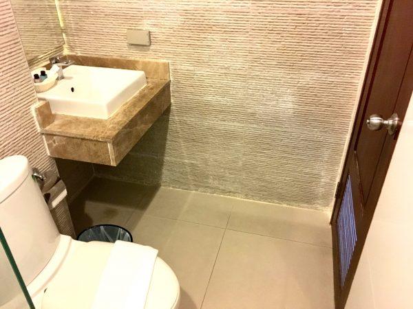H ブティック ホテル パタヤ (H Boutique Hotel Pattaya)のシャワールーム2