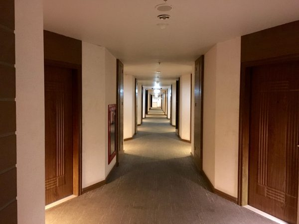 パタヤディスカバリー ホテルの通路