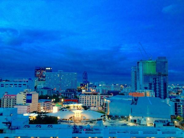 部屋からの眺め。夕方