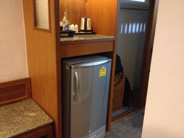 ロイヤルツインズホテルの冷蔵庫