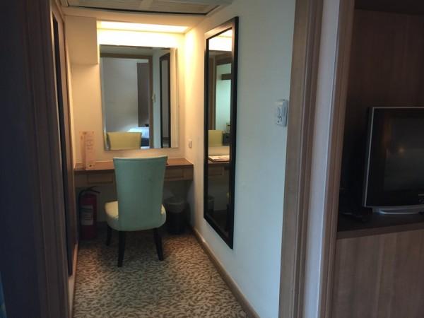 バイヨークスカイホテル。客室の書斎
