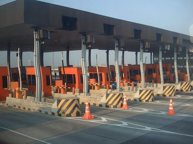 タイの高速道路入り口
