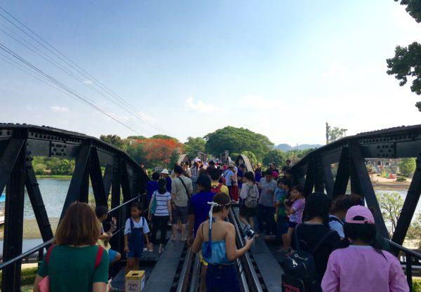 クウェー川鉄橋1