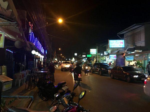 カンチャナブリー 夜道