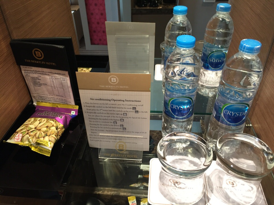 バンコクの安い5つ星ホテル。ザバークレイホテルに泊まってみた。 【結論】タイ一択。