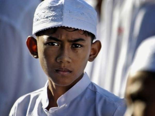若いタイ人のイスラム教徒