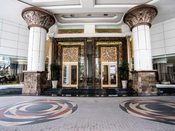 バークレイホテルの入り口