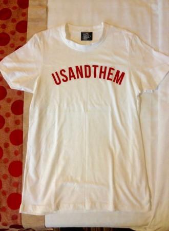 USANDTHEMのTシャツ