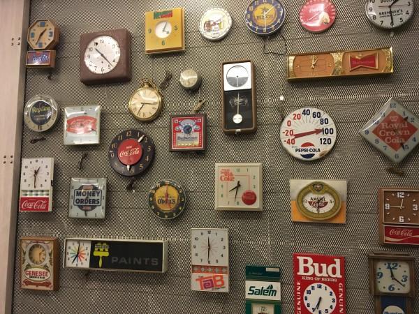 ステーションワンホテルの時計