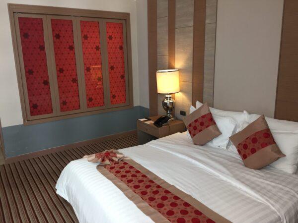 ザ バークレイ ホテル プラトゥーナム(The Berkeley Hotel Pratunam)の客室2
