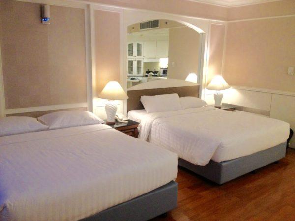センター ポイント プラトゥーナム ホテル(Centre Point Pratunam Hotel)の客室1