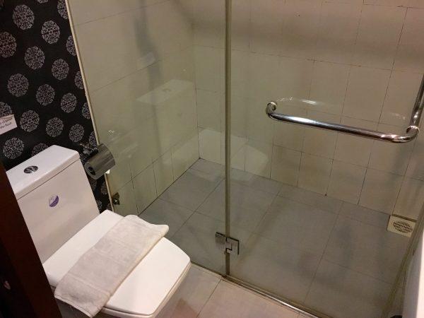 ディババリーホテル バスルーム1
