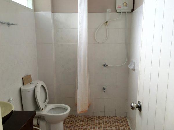 ファンナコンバルコニー シャワールーム1