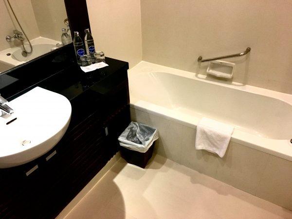 グランド スクンビット ホテル バンコク マネージド バイ アコー (Grand Sukhumvit Hotel Bangkok ? Managed by Accor)のバスルーム1