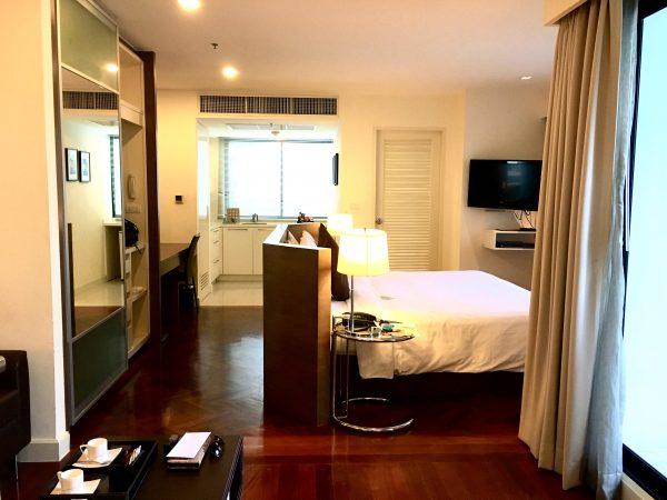 パチャラ スイーツ スクンビット (Phachara Suites Sukhumvit)の客室1