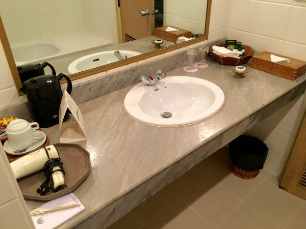 タンタワンプレイスホテル バスルーム1
