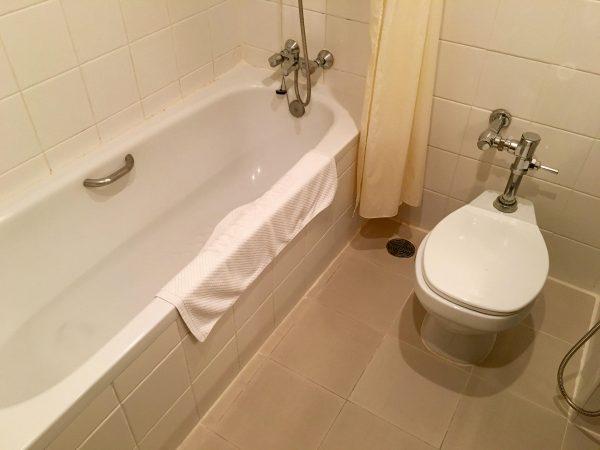 タンタワンプレイスホテルのバスルーム バスルーム2