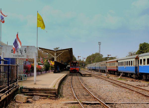 トンブリー駅