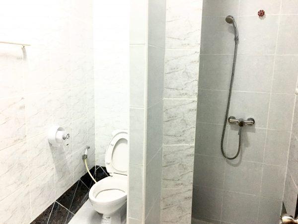 ベスト コーナー ホテル パタヤ (Best Corner Hotel Pattaya)のシャワールーム