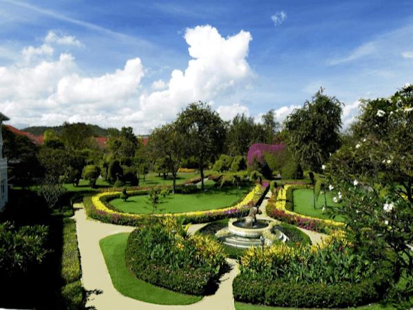 センタラグランドホアヒン 中庭