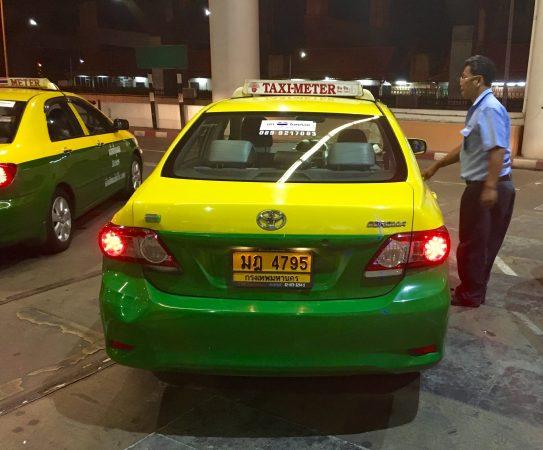 ドンムアン空港 タクシー