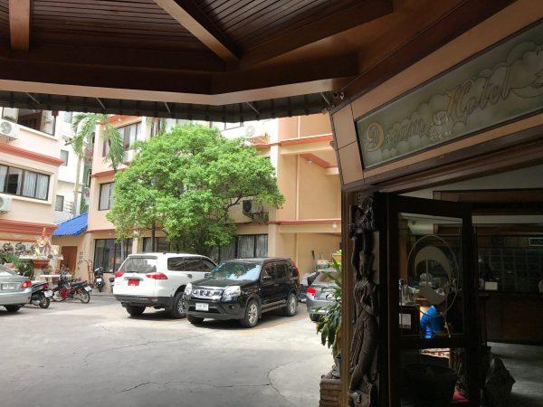 ドリーム ホテル パタヤ (Dream Hotel Pattaya)の入り口