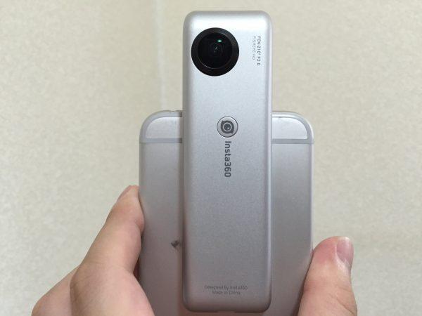 insta 360 nanoをI phoneに接続した状態