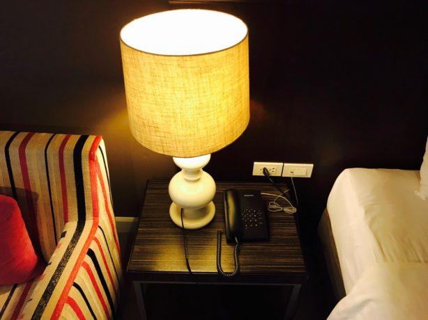 シー ミー スプリング ホテル(Sea Me Spring Hotel)の読書灯