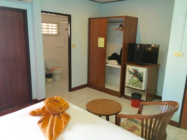 ビーチホテルアネックス 客室1