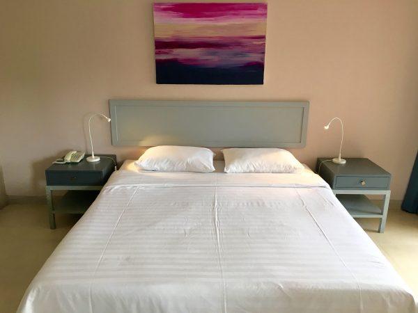 トロピカーナホテル ベッド
