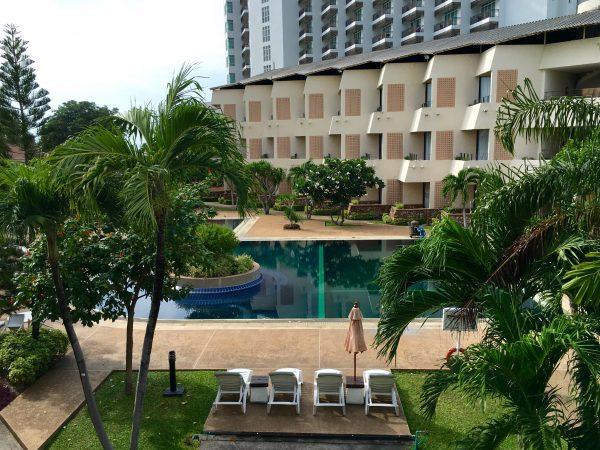 トロピカーナホテル バルコニーからの景色