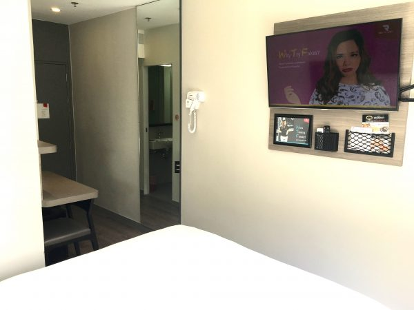 スタンダード ダブルルーム (Standard Double Room)の客室2