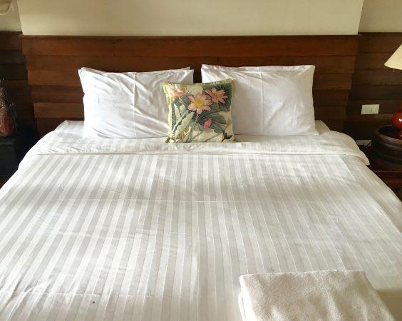 バーン ティエ ワン ホテル ベッド2