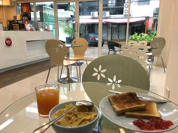 ナントラエカマイホテル 朝食