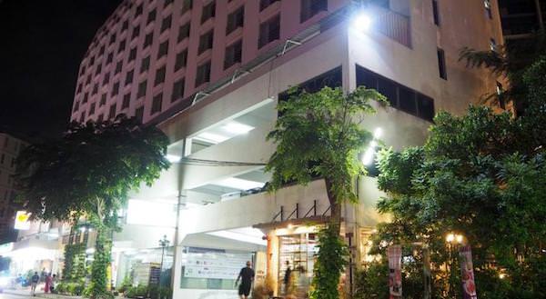 ワタナホテルの外観
