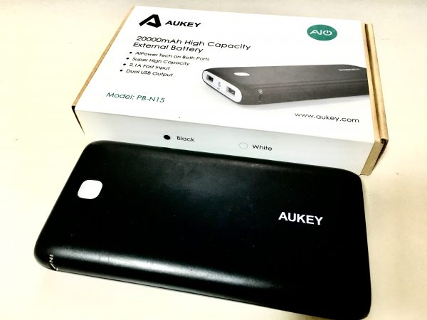 AUKEYのモバイルバッテリー2