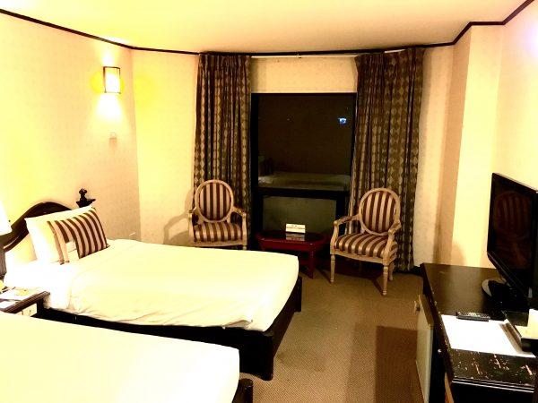 C H ホテル 客室1