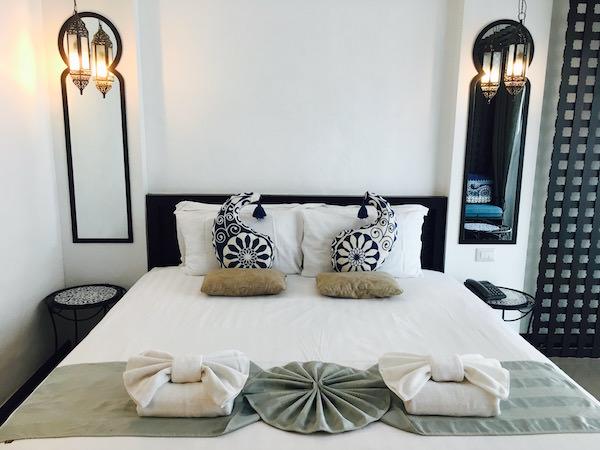 ニマン マイ デザイン ホテル チェンマイ バイ コンパス ホスピタリティ(Nimman Mai Design Hotel Chiang Mai by Compass Hospitality)のベッド
