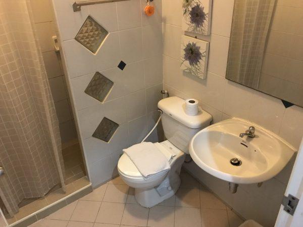 プレーム ホステル (Preme Hostel)のシャワールーム1