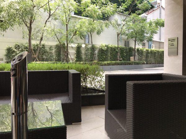 ラディソン スイーツ バンコク スクンビット (Radisson Suites Bangkok Sukhumvit)の喫煙所