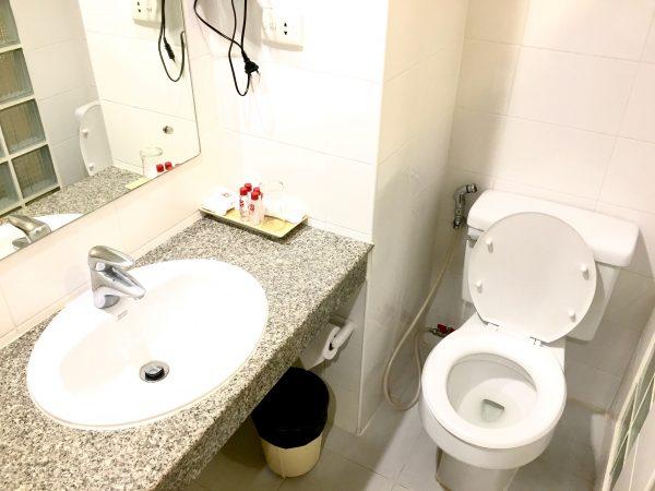 スタジオルーム (Studio Room)のシャワールーム1