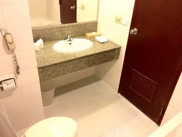タイパン ホテル (Tai-Pan Hotel)のバスルーム1